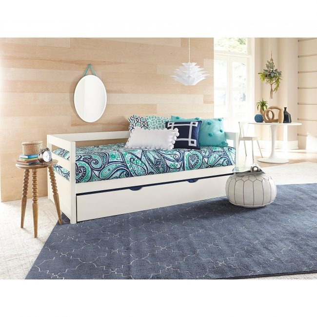 handys-ground-Daybed-With-Trundle-White